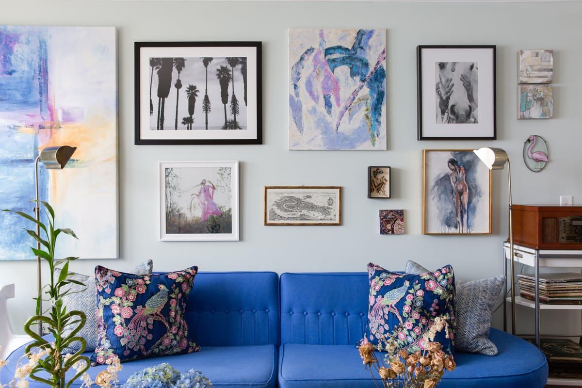 #14437F Sala de estar decorada em tons de azul ~ Decoração e Ideias casa e  1200x800 píxeis em Decoração De Sala De Estar Com Sofá Azul