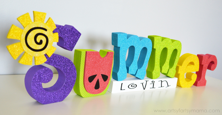 Summer Lovin' Word Set at artsyfartsymama.com #summer #WoodCreations