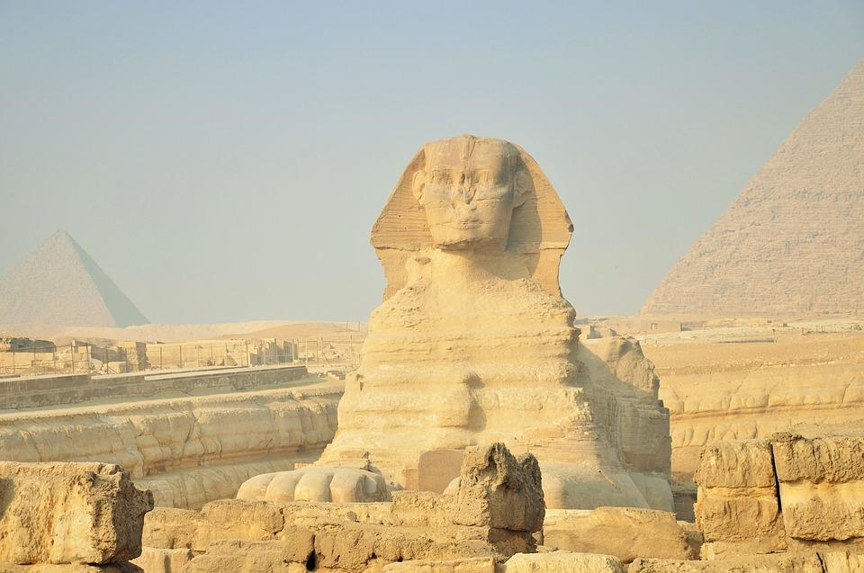 Mysterious Statues In The World  | दुनिया की रहस्यमय मूर्तियां