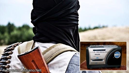 Terrorista acepta a Jesucristo tras escuchar la radio