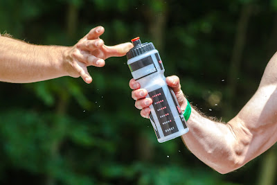 https://pixabay.com/en/water-water-bottle-drink-sport-830374/