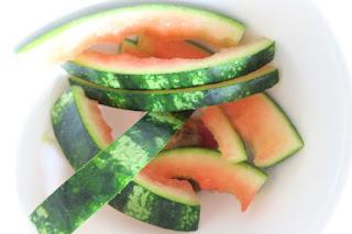 abgeknabberte Melonenschalen