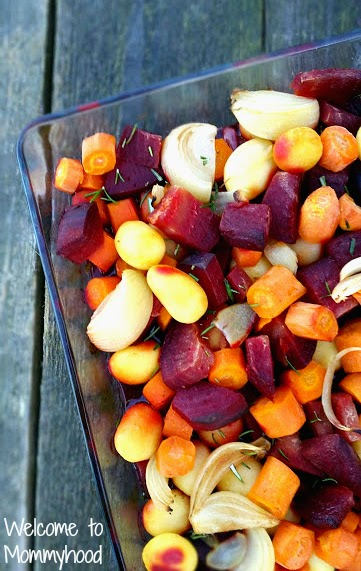 These oven roasted vegetables are absolutely delicious and are so easy to make! They are full of flavour and will be perfect every time. {Welcome to Mommyhood}  #paleo,