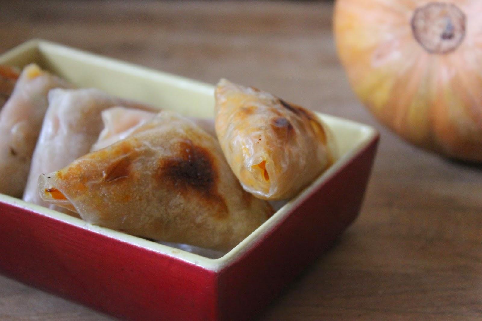 https://cuillereetsaladier.blogspot.com/2015/01/samossas-la-patate-douce-et-la-courge.html
