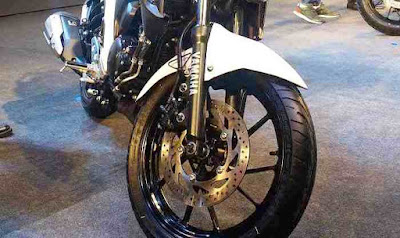 New 2017 Yamaha FZ25 front wheel