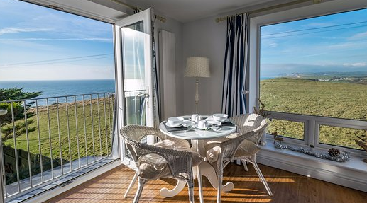 Review On Chesil Beach The Beautiful Scene of The Sea Shore in Abbotsbury United Kingdom Chesil Beach Lodge