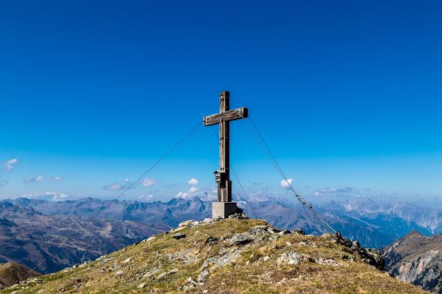 Tafamunter Augstenberg, Versalspitze und Wiegensee  Wandern im Montafon 05