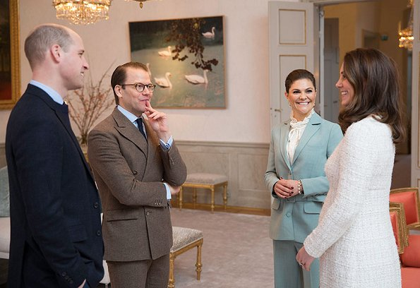 Crown Princess Victoria and her husband Prince Daniel for tea this afternoon and met with Princess Estelle and Prince Oscar