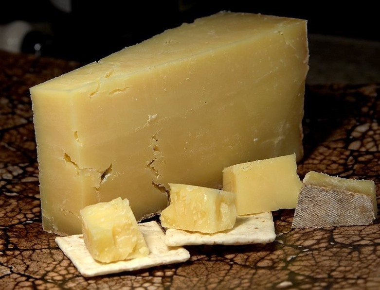 cheddar-cheese.jpeg