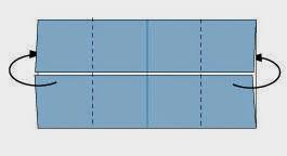 Bước 3: Gấp 2 mép 2 bên của tờ giấy về phía sau.