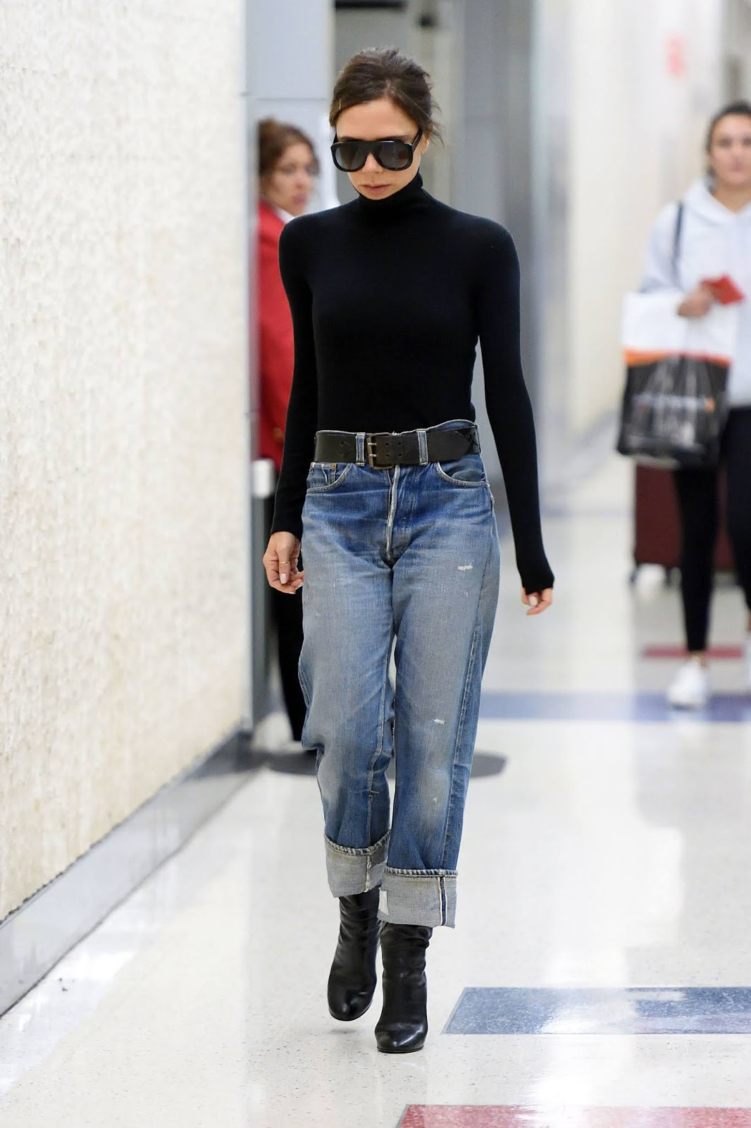 Inspiring Winter Outfit From Victoria Beckham — Sunglasses, Turtleneck Sweater, Belted Boyfriend Jeans, and Ankle Boots