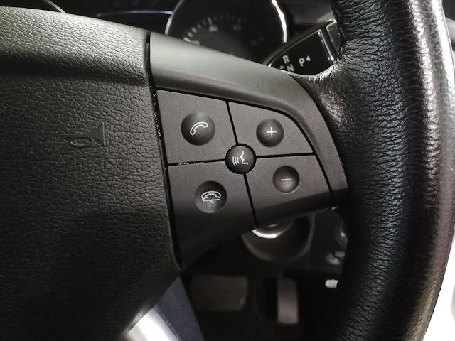 メルセデス・ベンツ/R350 スイッチパネルのベタベタ塗装クリーニング