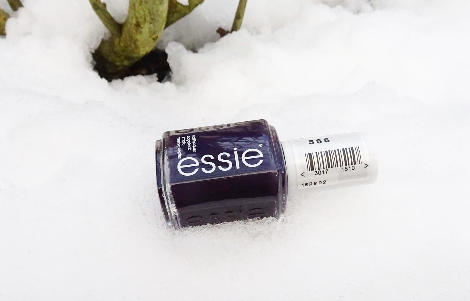 Essie collection hiver 2018-2019 sights on nightlights
