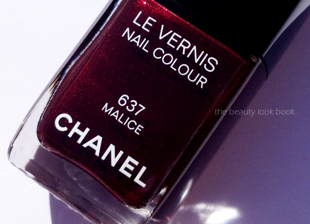 Chanel Malice 637 Le Vernis Holiday 2012 The Beauty Look Book