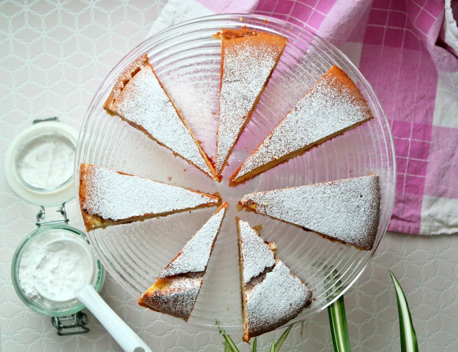 Ciasto cytrynowe z kremem truskawkowym