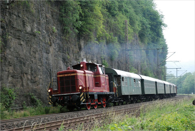 RuhrtalBahn Nostalgiezug mit V 60 615