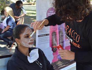 Nos dois dias, serão oferecidos corte de cabelo, escova e higienização de pele gratuitamente