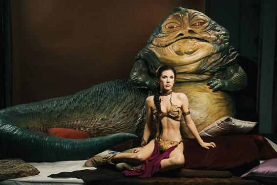 Jabba el Hutt y Leia. La guerra de las galaxias