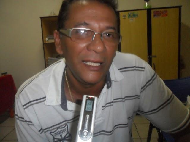 Cícero do Cabana explica ida ao INSS em Teresina, diz que safra agrícola 2018 em Elesbão Veloso será inferior ao ano passado e agenda para 5/5 próxima reunião no Sindicato Rural