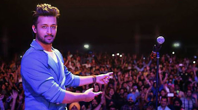 Atif-Aslam-music-stopped-and-avoiding-molests-woman
