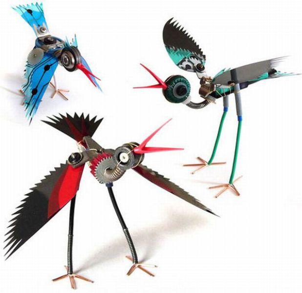 Pájaros con material reciclado