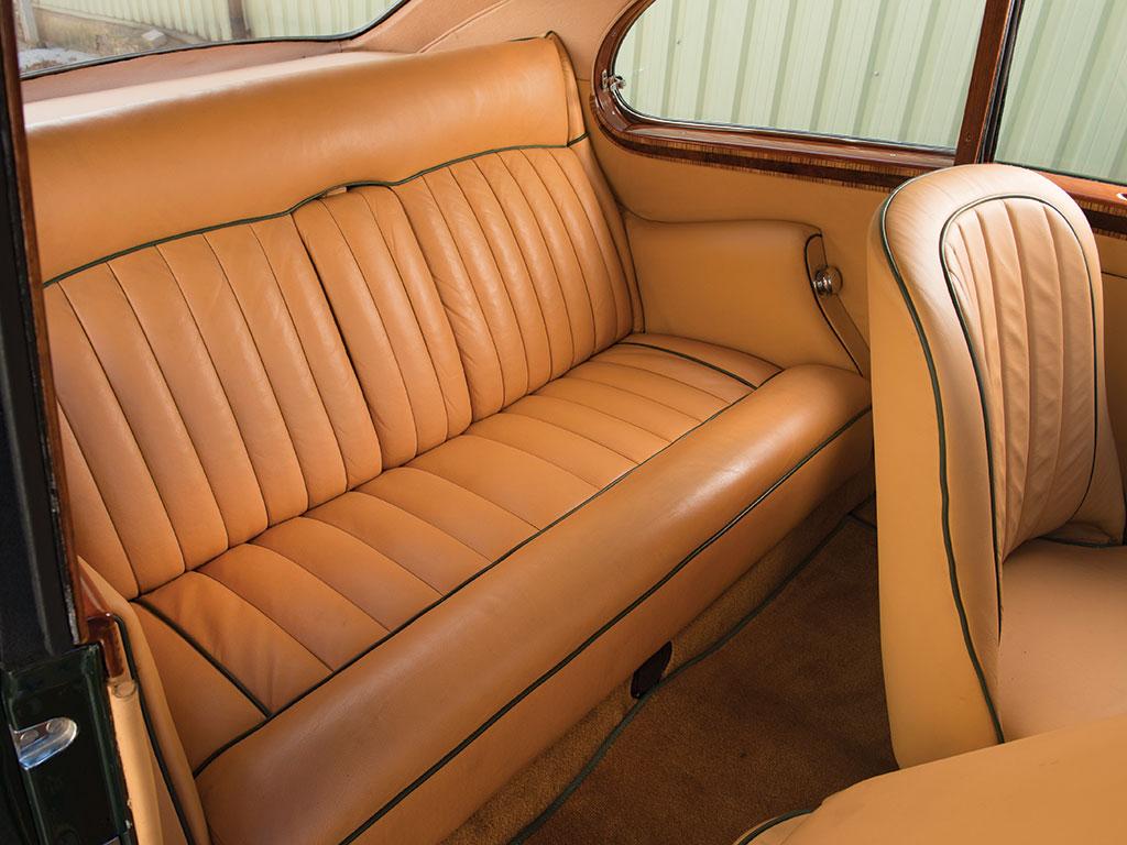 1953-BentleyR-Type-09.jpg