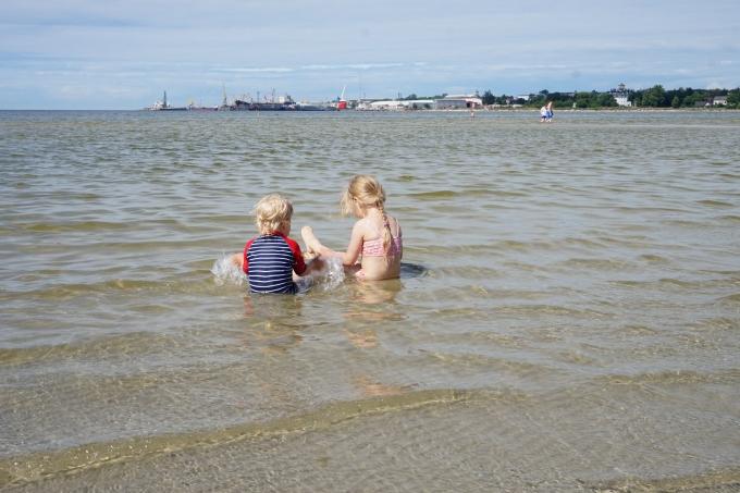 Tallinnaan rantalomalle omilla pyörillä - Stroomin uimaranta on hyvä lapsiperheelle