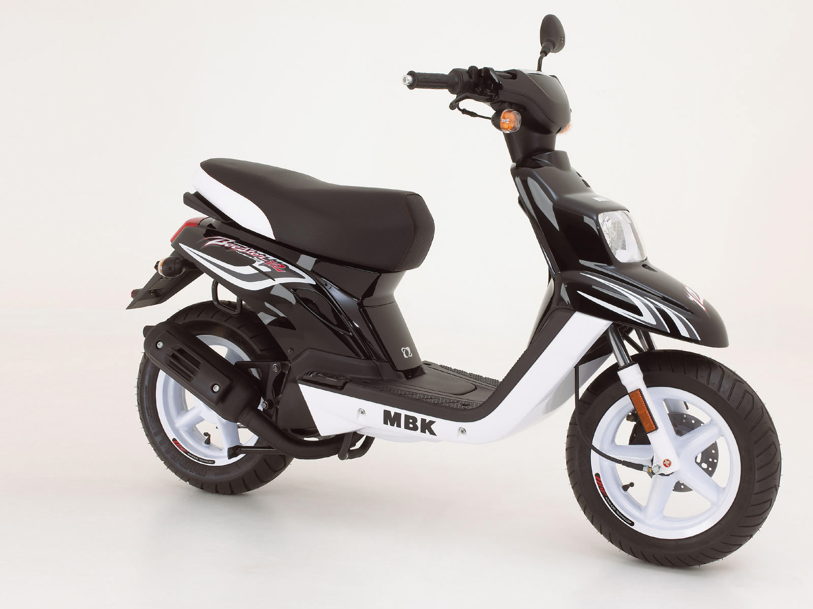 mbk booster 12inch 2007 scooter wallpapers. Black Bedroom Furniture Sets. Home Design Ideas