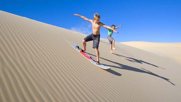 Pn Tay S Blog Pinnacles Perth Sand Dunes And Sand Surfing