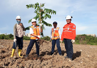 Peringati Hari Bumi, Indocement Tanam Ratusan Pohon Dilahan Tidur