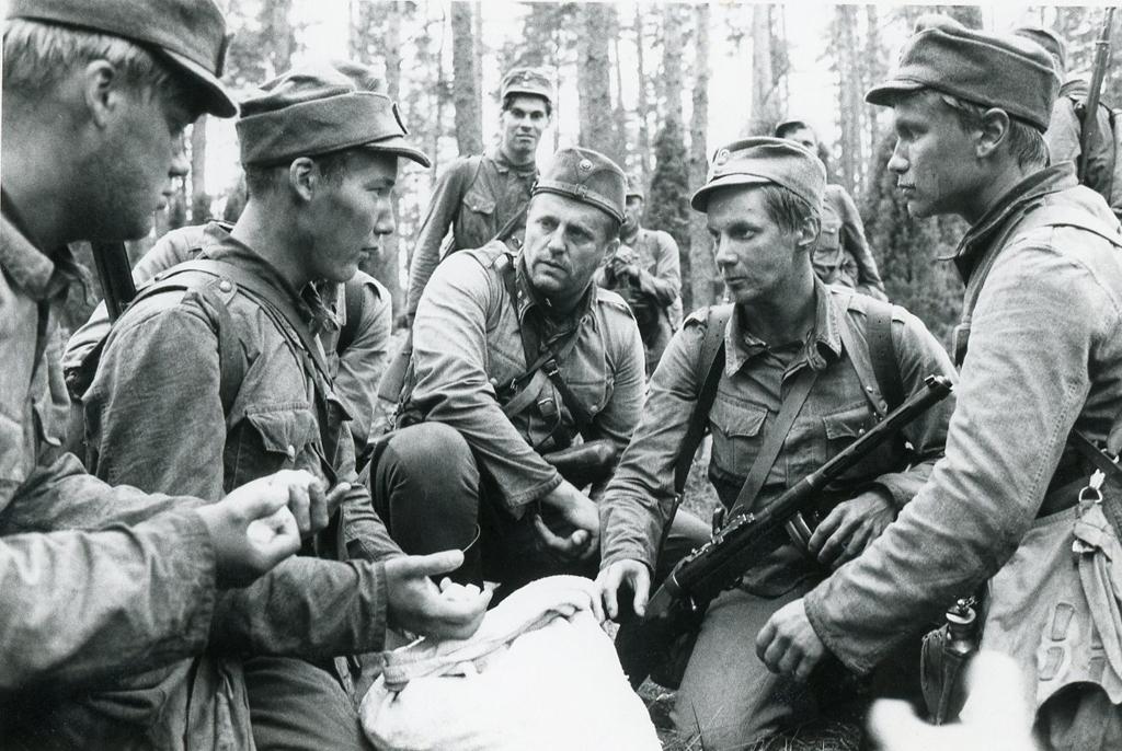Tuntematon Sotilas 1985 Näyttelijät