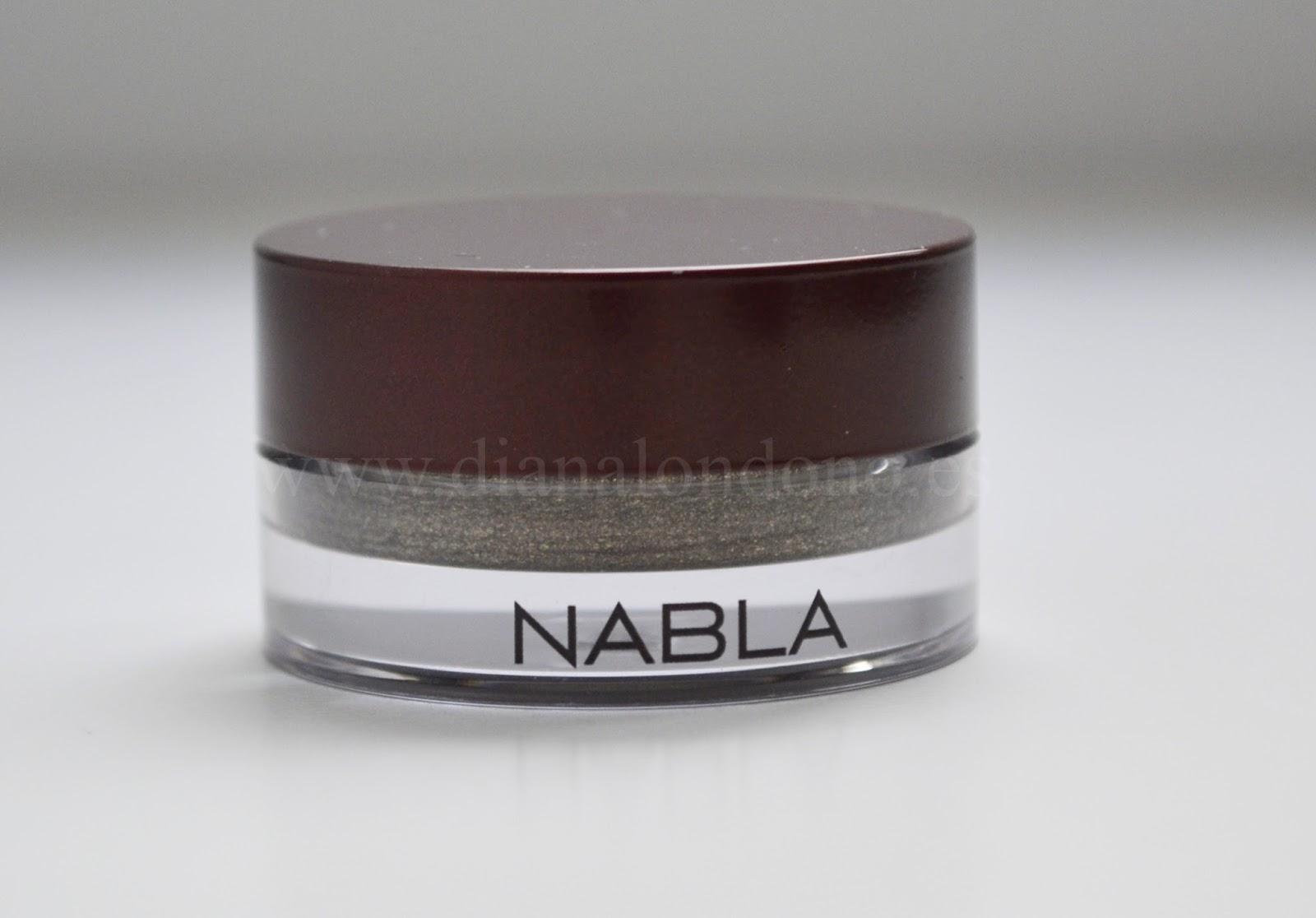 Sombra en crema tono husky Nabla cosmetcis