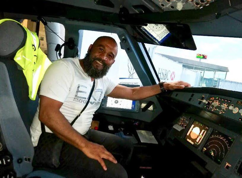 Volo Lufthansa Parigi-Monaco: ex pugile francese blocca ubriaco nell'aereo.