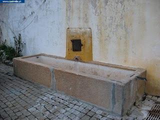 Fonte e Fontanário de Santiago Maior de Castelo de Vide, Portugal (Fountain)