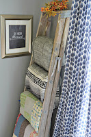 Simple blanket ladder from a vintage step ladder