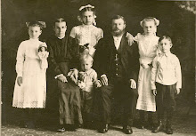 The Gusa Family 1912