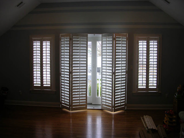 Decorative Windows Frame and Door Made of Leather Decorative Windows Frame and Door Made of Leather 2