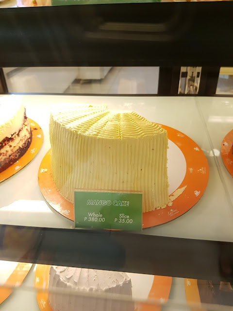 Leona's Bakeshop Mango Cake @P35.00 per slice