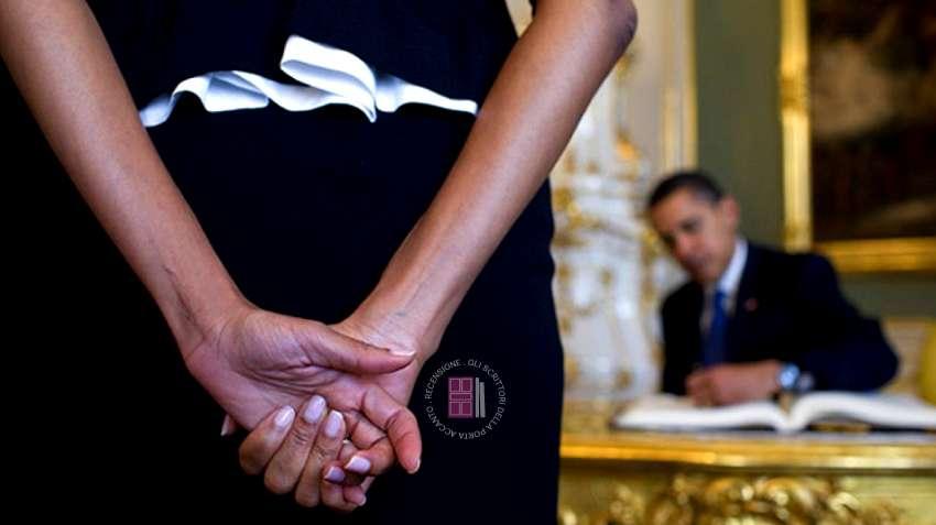 Michelle Obama si dilunga nel raccontare le proprie difficoltà di conciliare la sua vita privata con quella pubblica che diventava sempre più pressante.