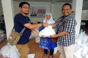 Peduli Ekonomi Kerakyatan, Rumah Aspirasi Prabowo Sandi Solo Raya Bagikan Sembako Murah