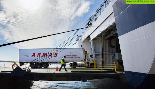El Gobierno de Canarias autoriza el reembolso de 3,7 millones de euros a Naviera Armas en concepto de subvención a los residentes canarios
