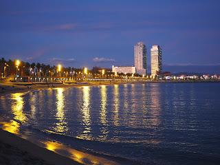 Llums damunt la mar a Barcelona per Teresa Grau Ros