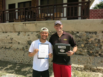 Testimonial by Danan Truong of the November 2017 PADI IDC in Moalboal, Philippines