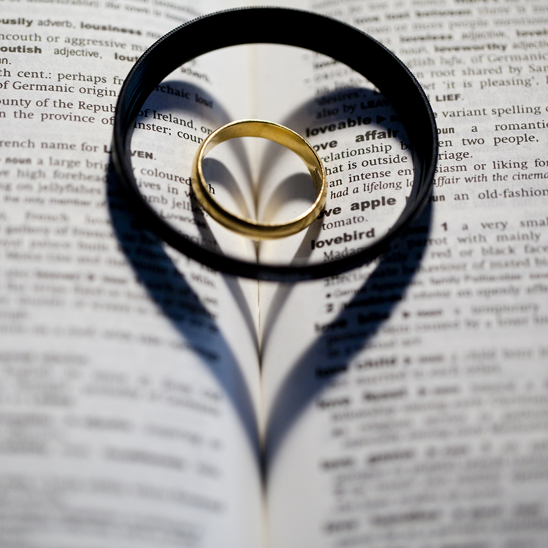 Photography Tips how to create a heart shaped shadow on a book