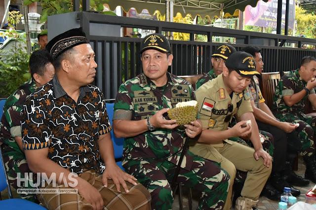 Danjen Akademi TNI: Durian Trenggalek Tidak Kalah Dengan Durian Thailand