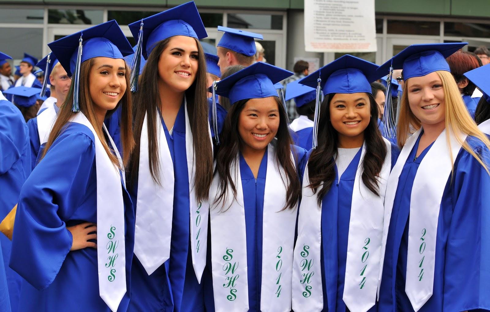 Shoreline Area News: Donate your Shorewood graduation caps & gowns