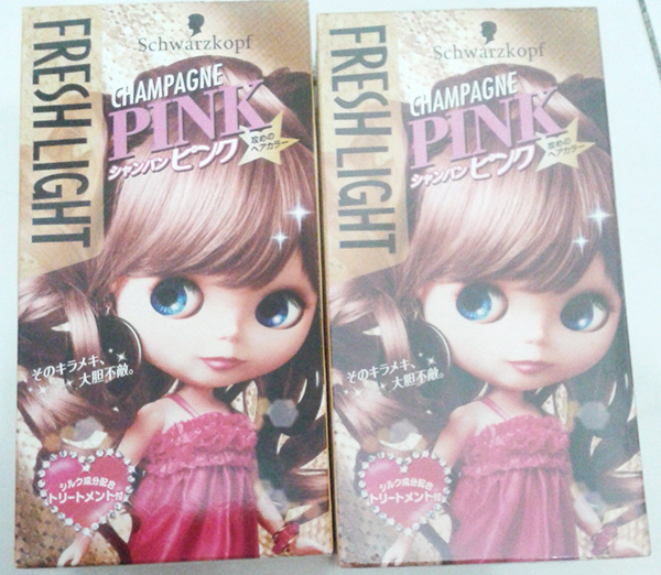 Hello Coloring My Hair With Freshlight Champagne Pink By Schwarzkopf