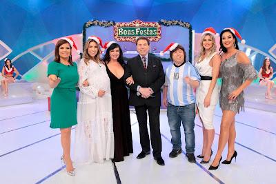 Mara, Patricia, Flor, Silvio Santos, Cabrito, Lívia e Helen - Crédito: Lourival Ribeiro/SBT