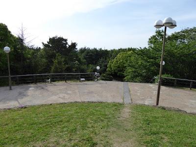 鶴見新山の頂上からの眺め