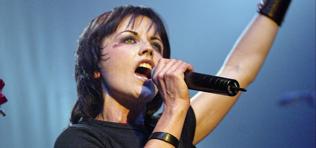 Morre aos 46 anos Dolores O'Riordan, vocalista do The Cranberries